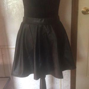 Joe Benbasset Thick Black Leather Skater Skirt